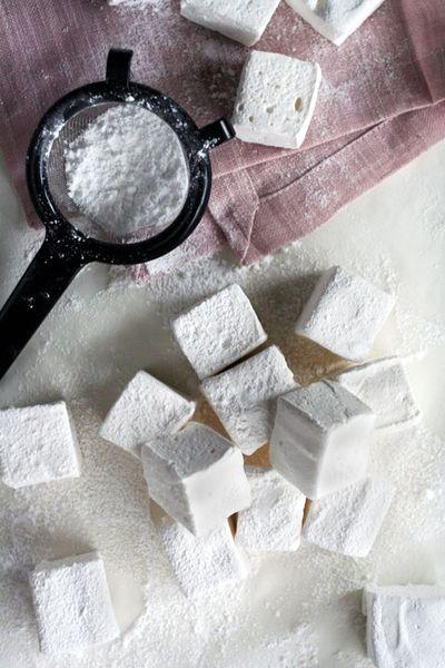 Homemade marshmallows :: Sparkling Ink