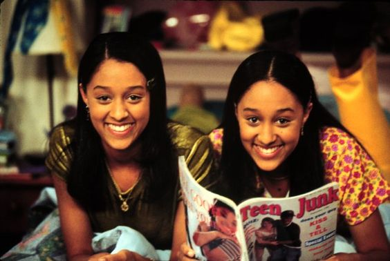 Still of Tamera Mowry-Housley and Tia Mowry-Hardrict in Sister, Sister (1994)