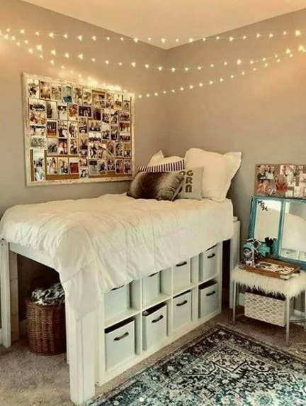 27 Dorm Rooms That Will Inspire Your Bedroom Makeover This Year In 2020 Cool Dorm Rooms College Dorm Room Decor Dorm Room Designs