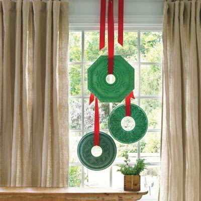 Ceiling-Medallion Wreaths