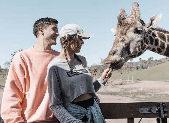 visit a zoo​- 18 First Date Ideas that are Awesome and Affordable​ - Ourmindfullife.co