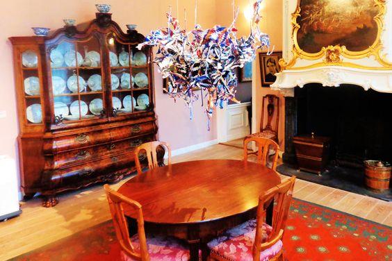 Er is een collectie oude, moderne, hedendaagse en niet-westerse kunst, waaronder ook glas, keramiek en meubels te bezichtigen.