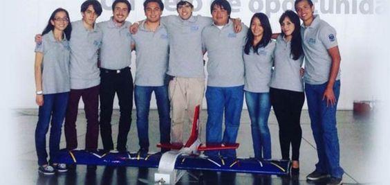 Estudiantes de la UNAM diseñan avión de control remoto en el concurso SAE Aero…