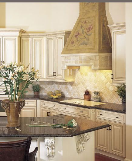 Need examples of black or chocolate glaze over white - Off white cabinets with chocolate glaze ...