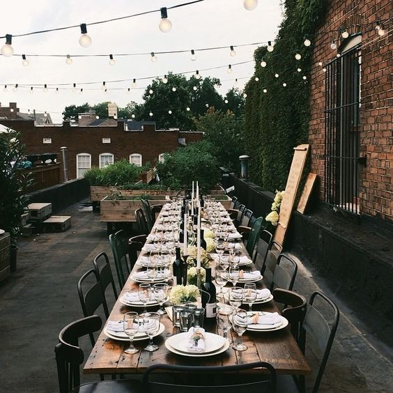 decken f r eine gro e gesellschaft langer tisch lange tafel dining pinterest beautiful. Black Bedroom Furniture Sets. Home Design Ideas