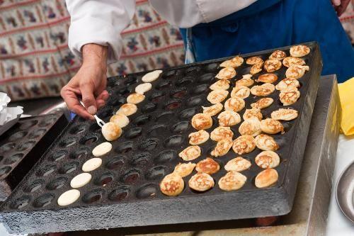 Poffertjes (mini pancakes)