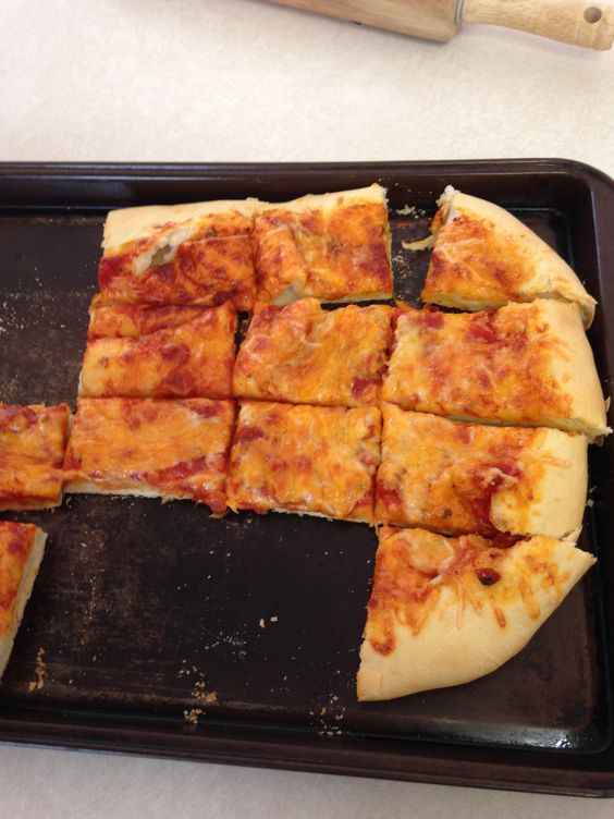 Pizza crust. http://thepioneerwoman.com/cooking/2010/02/my-favorite-pizza/