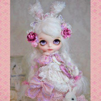 Amele Custom Blythe * Pink Sweet Lolita bunny *  Buy her here:   #blythe…