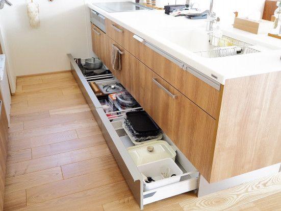 自分色の彩りあるキッチンと特別な空間づくり Taka0taka0taka0さんのキッチンを探索 北欧 造作 Panasonic パナソニック ラクシーナ ムクリ Mukuri 造作 インテリア 収納 パナソニック ラクシーナ