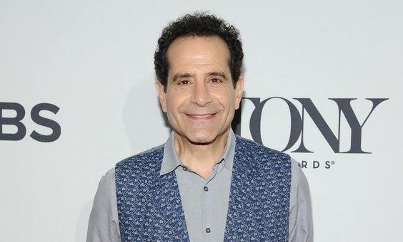 Tony Shalhoub rejoint le pilote de la série créée par Amy Sherman-Palladino…