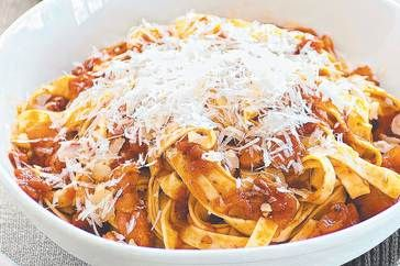 Italy - The Pasta! The Food! The yuminess!
