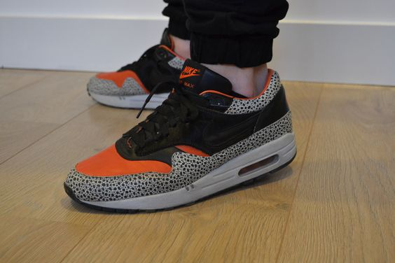 87c1be69c0 Sneaker shoot, Nike Air Max 1 Supreme QK Keep Rippin Stop Slippin  Photography Pinterest Nike ...