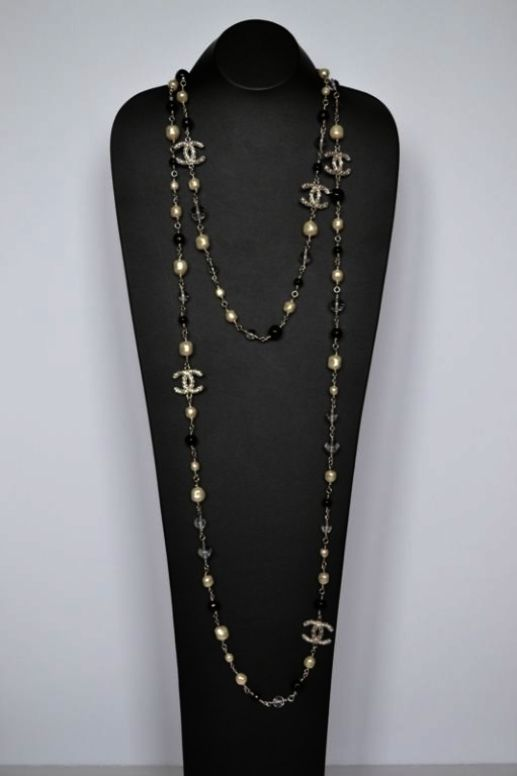 Jewellery Shop Job In Kolkata Jewellery Shop Opening Jewelry Stores Near Me That Buy Gold Chanel Necklace Chanel Pearls Fashion Jewelry