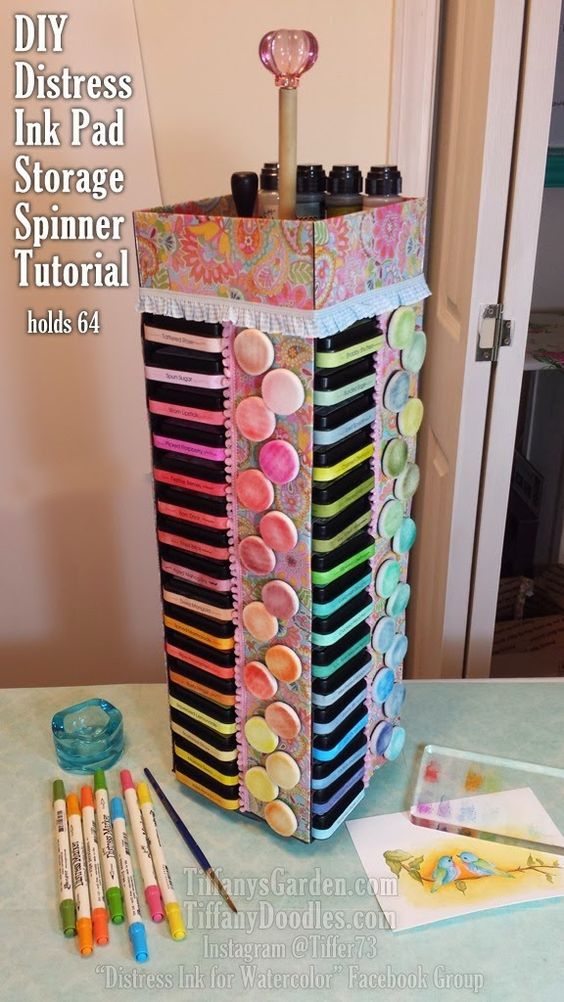 DIY Distress Ink Pad Storage Spinner Tutorial! I just love this. Need to make one as soon as possible. Such a space saver!