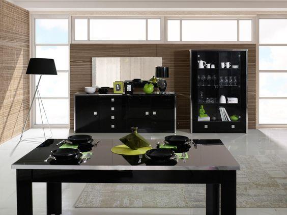 Salle à manger design coloris noir brillant Ipsylone