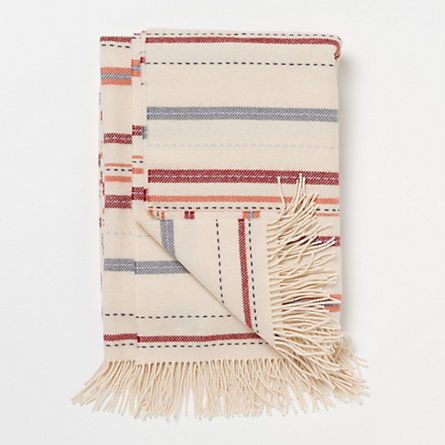 A 215 year-old textile manufacturer located in the highlands of Scotland spun this supremely soft, subtly striped lambswool throw. <3 #terrainflowermarket