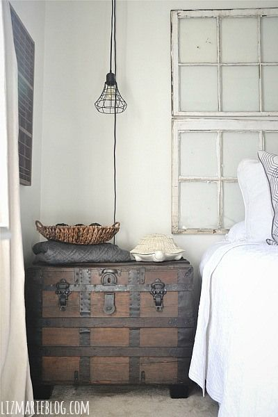 Vintage trunk as a side table... So easy & a perfect way to add a vintage touch to a bedroom!