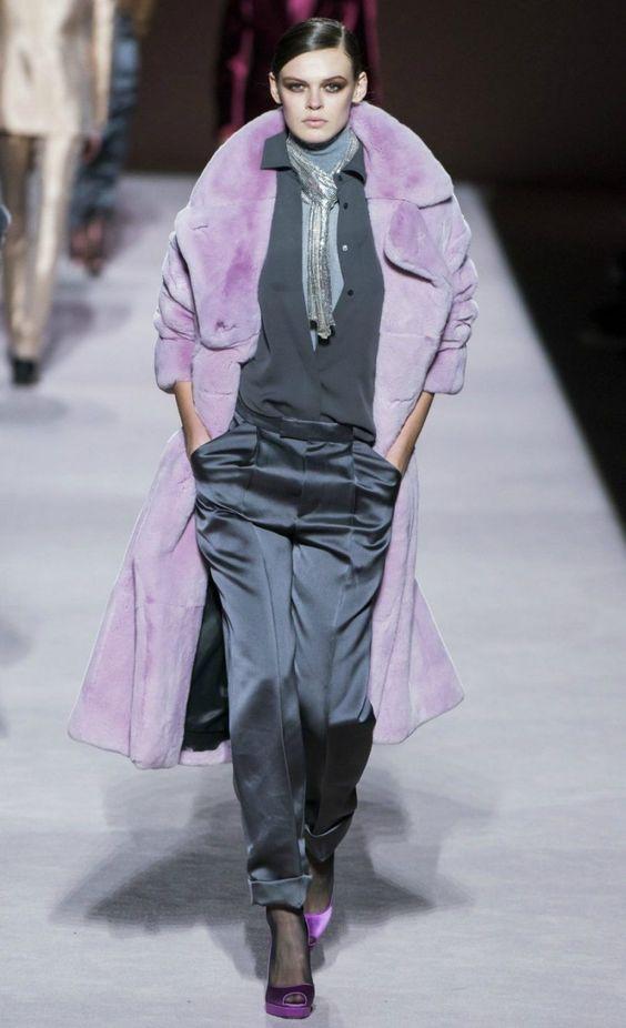 Off-the-runway Fall 2019 Fashion Trends to Start Wearing NOW   #fallfashion #styleinspo #outfitinspo #runway #designerfashion #fashionista #fashionblogger #fashionblog #style