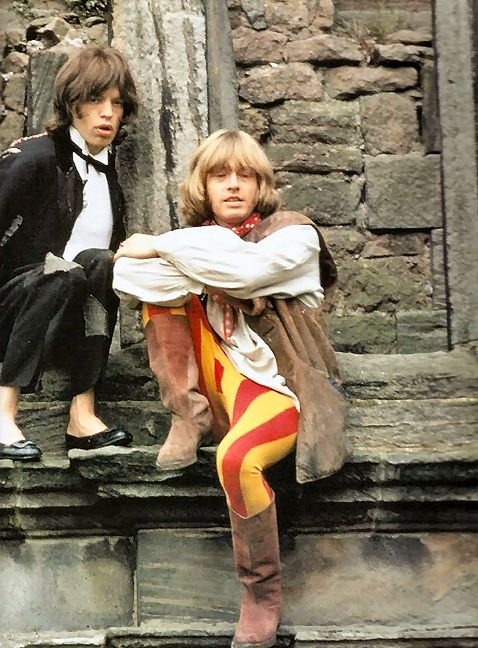Mick Jagger and Brian Jones on the Beggar's Banquet photo set. 1968.