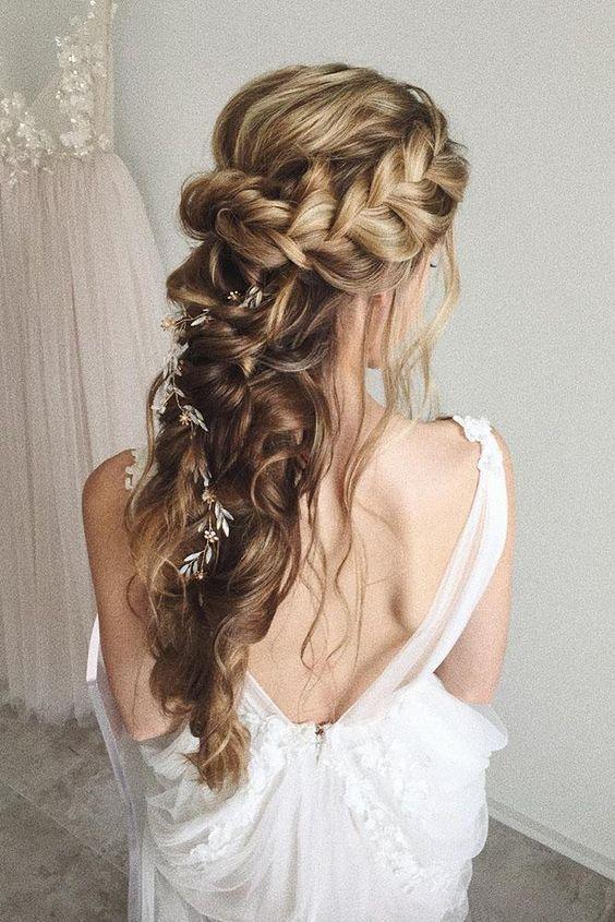 46 Unforgettable Wedding Hairstyles For Long Hair 2019 Side Braid Hair With Head Box Braids Hairstyles Wedding Hairstyles Half Up Half Down Wedding Hair Down