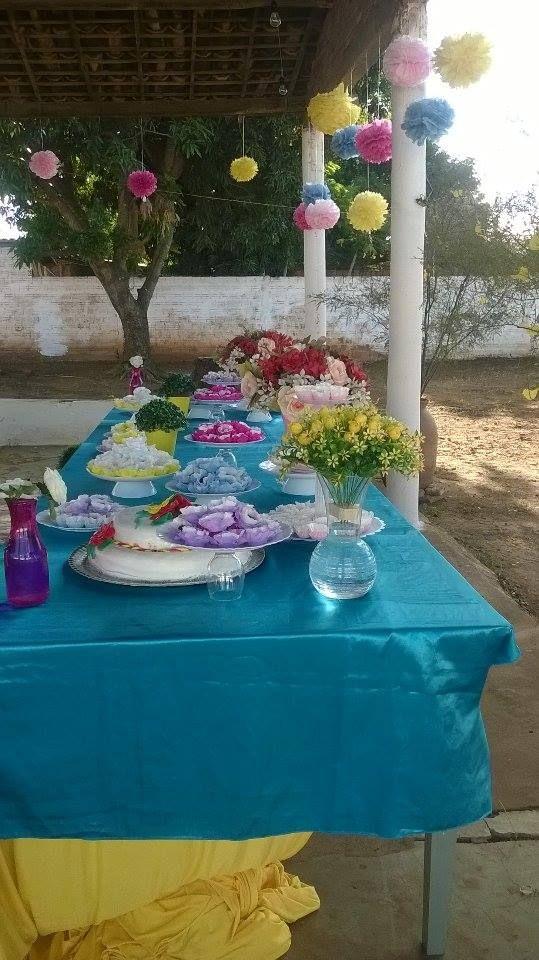 linda mesa de doce!