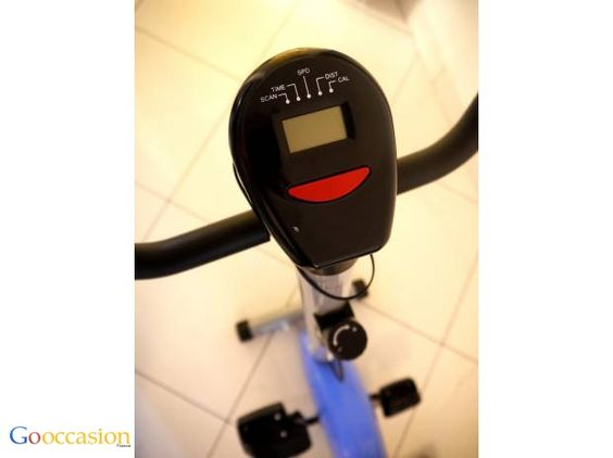 VÉLO D'APPARTEMENT ROUGE FITNESS CARDIO-TRAINING NEUF - http://www.go-occasion.fr/velo-dappartement-rouge-fitness-cardio-training-neuf/