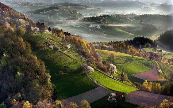 SLOVENIA- Eslovênia - natureza maravilhosamente intacta