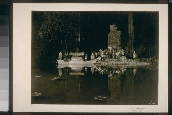 secret societies, bohemian grove http://whatonearthishappening.com/podcasts/WOEIH-017.mp3 http://evolveconsciousness.org/
