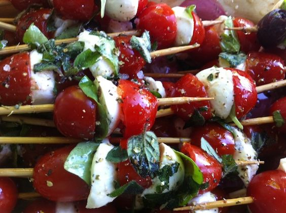 Caprese on a Stick : Cherry Tomato, Mozzarella & Basil Skewers