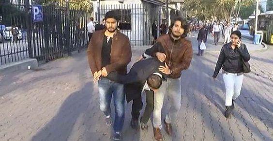 İ.Ü yine karıştı! İstanbul Üniversitesi (İ.Ü) Fen Fakültesi bugün bir kez daha karıştı. Çıkan olaylarda 17 öğrenci gözaltına alındı http://uniquekampus.com/i-u-yine-karisti/