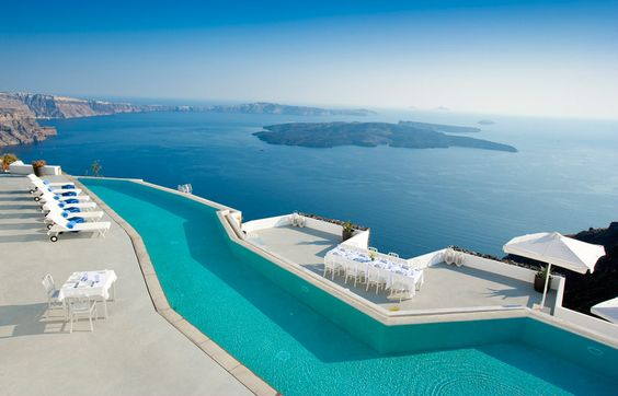 Infinity pool. Santorini Grace. © Grace Hotels Limited