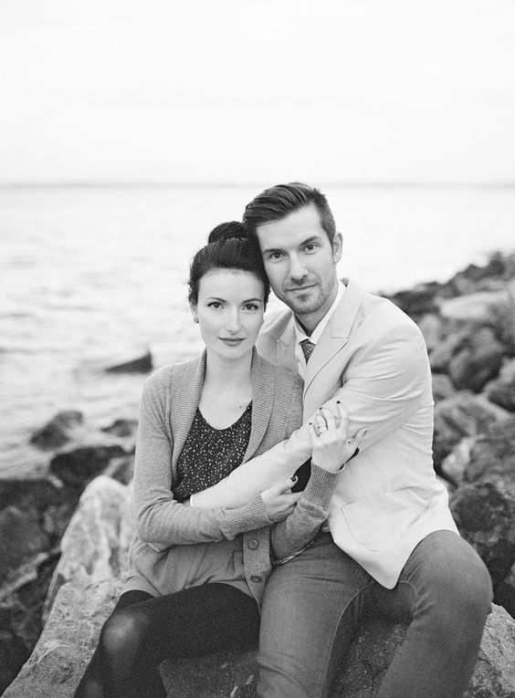 Photography: O'Malley Photographers - www.omalleyphotographers.com  Read More: http://www.stylemepretty.com/2013/12/04/seattle-waterfront-anniversary-session-from-omalley-photographers/