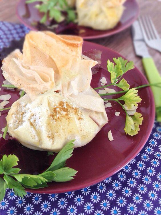 Pastillas de poulet à la marocaine en aumônières  www.papillexotiques.canalblog.com
