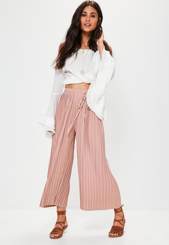 Missguided - Pink Pleated Culottes With Skinny Tie Belt