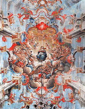 Nossa Senhora cercada de anjos músicos, de Mestre Ataíde, no teto da igreja São Francisco de Assis.