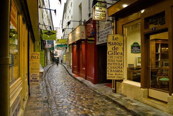 bastille area of paris