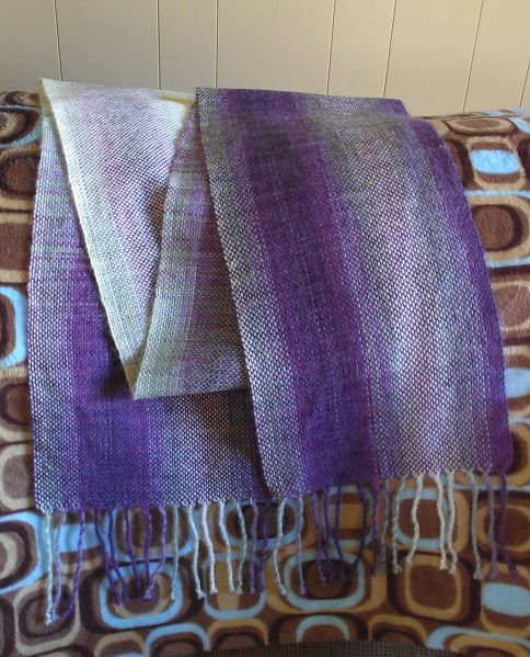 A Loom For Learning And Longevity Schacht Cricket Rigid Heddle 15 Heddle Loom Tapestry Loom Cricket Loom