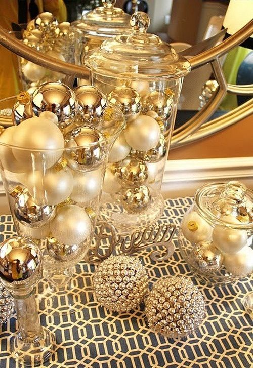 I like the vases and the gold colors here. Obviously this is very christmasy.