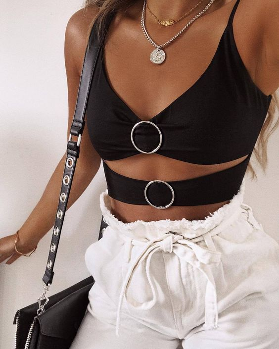 28 Trendy Crop Top You Need To Try outfit fashion casualoutfit fashiontrends