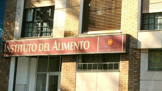 #Mal trago: crecen las denuncias por alimentos en mal estado - Rosario3.com: Rosario3.com Mal trago: crecen las denuncias por alimentos en…