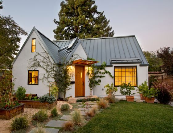 4 Scandinavian Architects Who Also Design Homes In The Us Scandinavian Architecture Modern Farmhouse Exterior Scandinavian Modern House