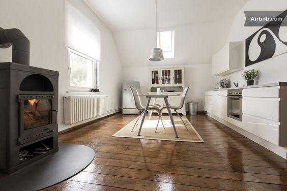 Business-WG oder Fliegerherberge mitten im Teutoburger Wald: Stilvolle Wohnung in Oerlinghausen via airbnb.de