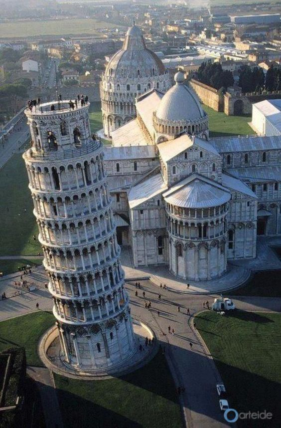 Piazza dei Miracoli  I loved visiting this spot - but it felt very touristy.: