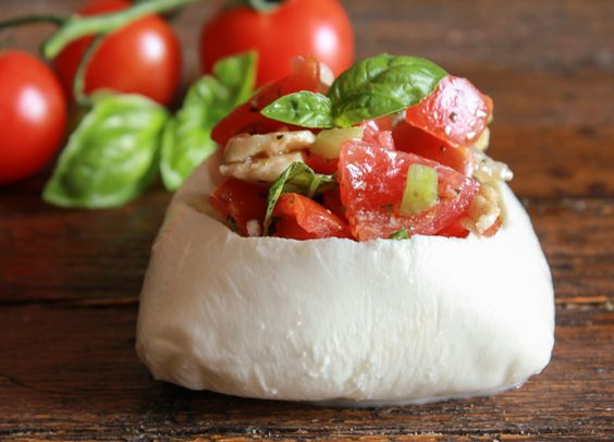 Stuffed Fresh Mozzarella Caprese, an easy Italian summer appetizer idea. Make it with Cherry or regular tomatoes. Healthy and yummy the perfect party food./anitalianinmykitchen.com