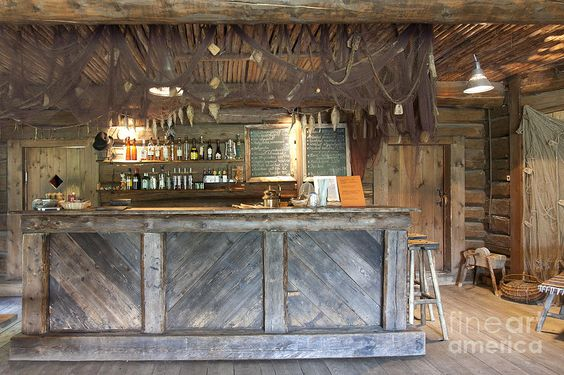 rustic Bar -just the bar made out of pallets For basement