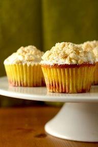 The Hummingbird Bakerys Peaches and Cream Cupcakes Recipe