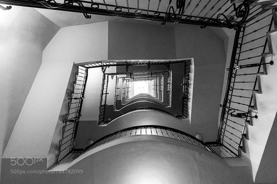 Staircase by ninelfedya.
