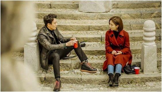 The Black Knight con Kim rae Won y a Shin Se Kyung como protagonistas. Drama de KBS para Diciembre 2017 Días Miércoles y Jueves
