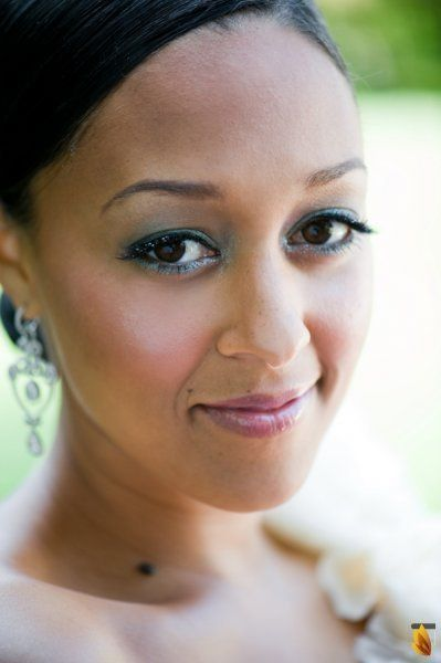 Throwback of the Day: Real {Celebrity} Wedding: Tia Mowry + Cory Hardrict