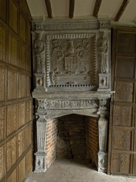 Tudor fireplace history pinterest fireplaces and tudor for Tudor fireplaces